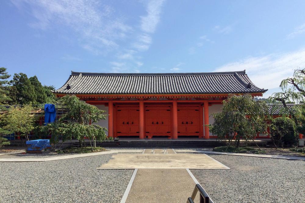 蓮華王院 三十三間堂(さんじゅうさんげんどう)