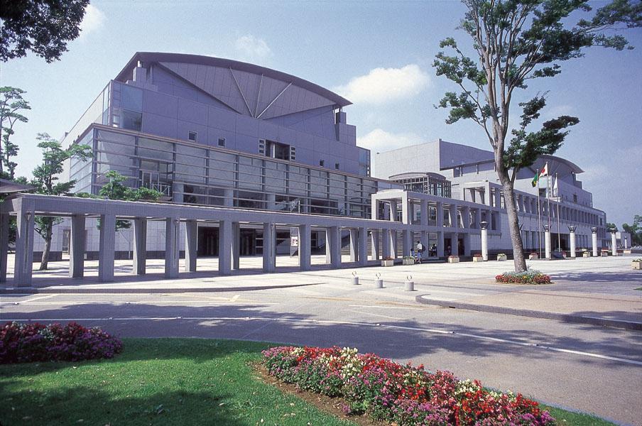 宮崎県立芸術劇場(みやざきけんりつげいじゅつげきじょう)
